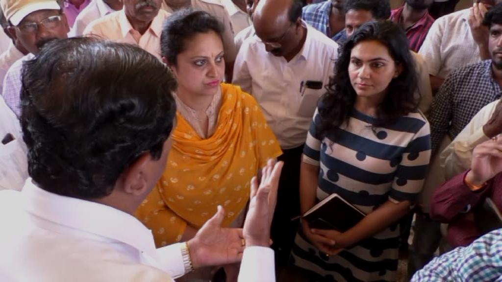 , ಅವೈಜ್ಞಾನಿಕ ಅಂಡರ್ಪಾಸ್: ಅಧಿಕಾರಿಗಳನ್ನ ತರಾಟೆಗೆ ತೆಗೆದುಕೊಂಡ ಸಂಸದ ಬಚ್ಚೇಗೌಡ