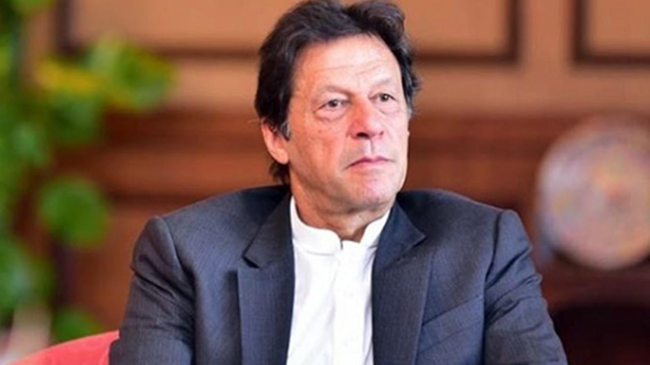 Opposition protest Imran Khan resign, ಇಮ್ರಾನ್ ವಿರುದ್ಧ ರೊಚ್ಚಿಗೆದ್ದ ಜನ, ಸರ್ಕಾರದ ಬೆಂಬಲಕ್ಕೆ ನಿಂತ ಸೇನೆ